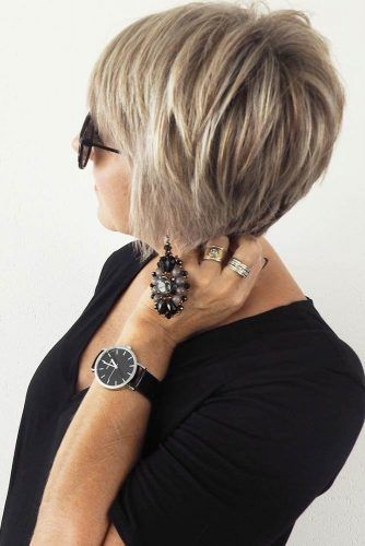 Inverted Short Bob #bob #layeredhair #shorthair