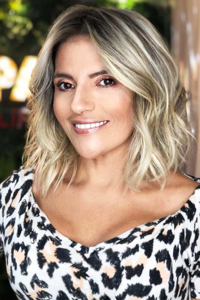 Wavy Blonde Styling For Thin Hair #thinhair #wavyhair #bob