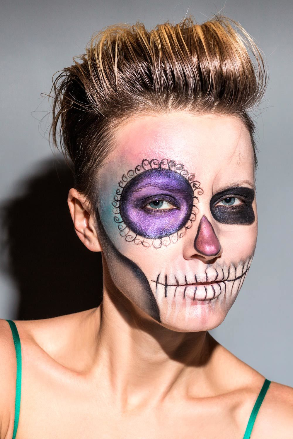 Halloween Skull Look With Short Hair