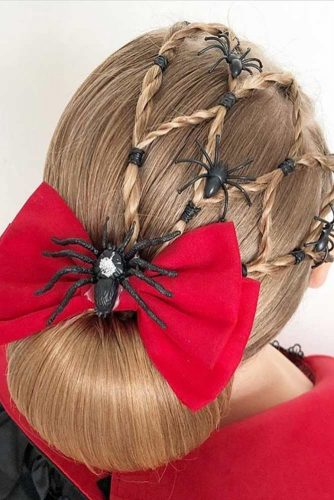 Halloween Hairstyles With Spider Accessories #haloweenhairstyles #updo #braids
