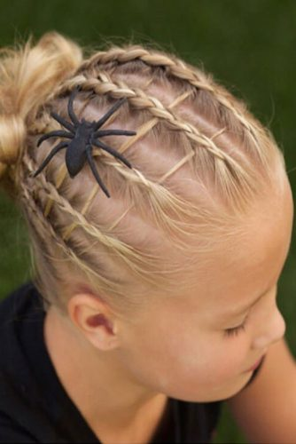 Halloween Hairstyles With Spider Accessories #haloweenhairstyles #braids #updo