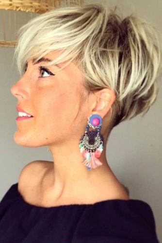 Blonde Pixie Cut Styles picture2