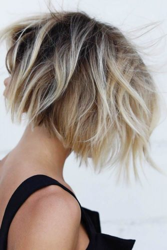 Short Messy Bob Hairstyle #shorthaircuts #shorthairstyles #shortbob #messybob