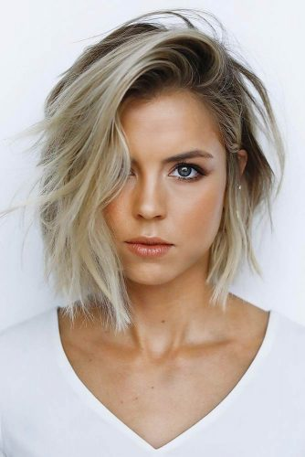 Short Messy Bob With Side Part #shorthaircuts #shorthairstyles #shortbob #messybob