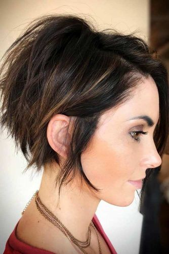 Short Layered Hairstyles For A Fresh Look #shorthaircuts #shorthairstyles #pixiehaircut