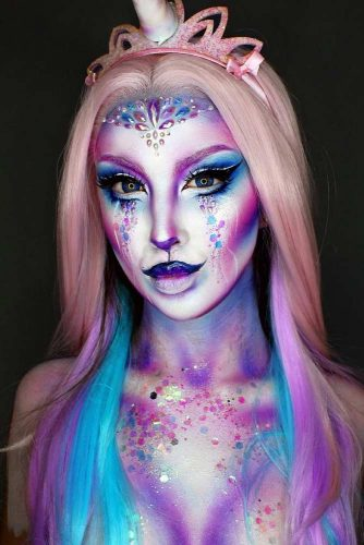 Unicorn Halloween Look And Rose Ombre #ombrehair #halloween #hairstyles #halloweenmakeup #unicorn