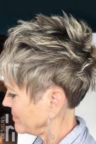 Edgy Pixie With Highlights #haircutsforwomenover50 #shorthaircuts
