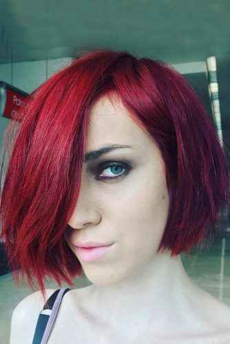 Stylish Sleek Bob with Bangs picture2