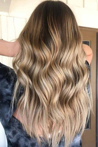Natural-Looking Balayage picture1