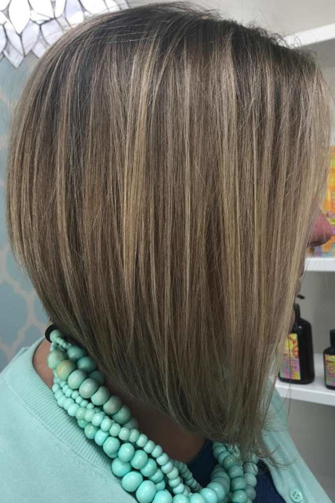Graduated A-line Bob With Natural Highlights #hairstylesforwomenover40 #olderwomenhairstyles