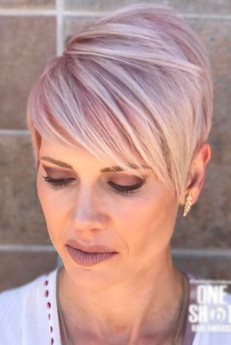 30 Sassy Hairstyles For Women Over 40 Lovehairstyles