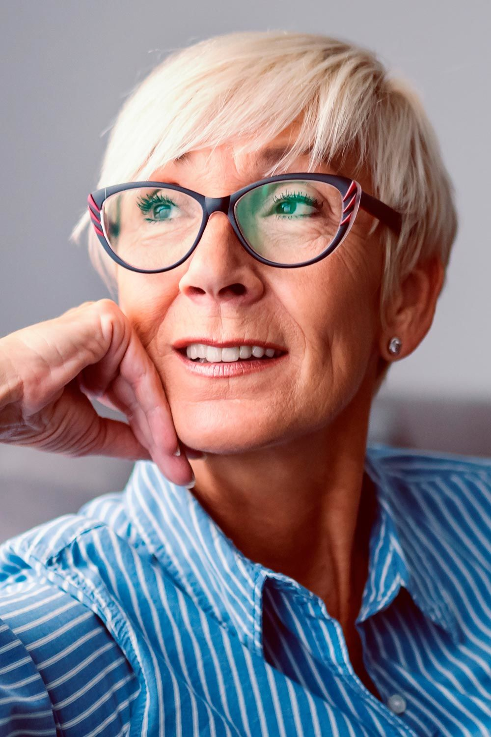 Short Haircut With Side Bangs For Ladies Over 60