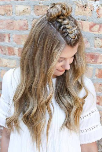 Top Knot – Easy and Cute Hairstyles for Medium Hair picture3