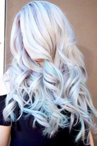 Long Waves With Blue Streaks #bleachedhair