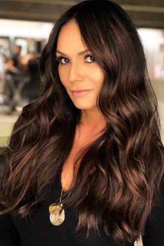 Subtle Chestnut Balayage Pieces Highlights #brunette #highlights