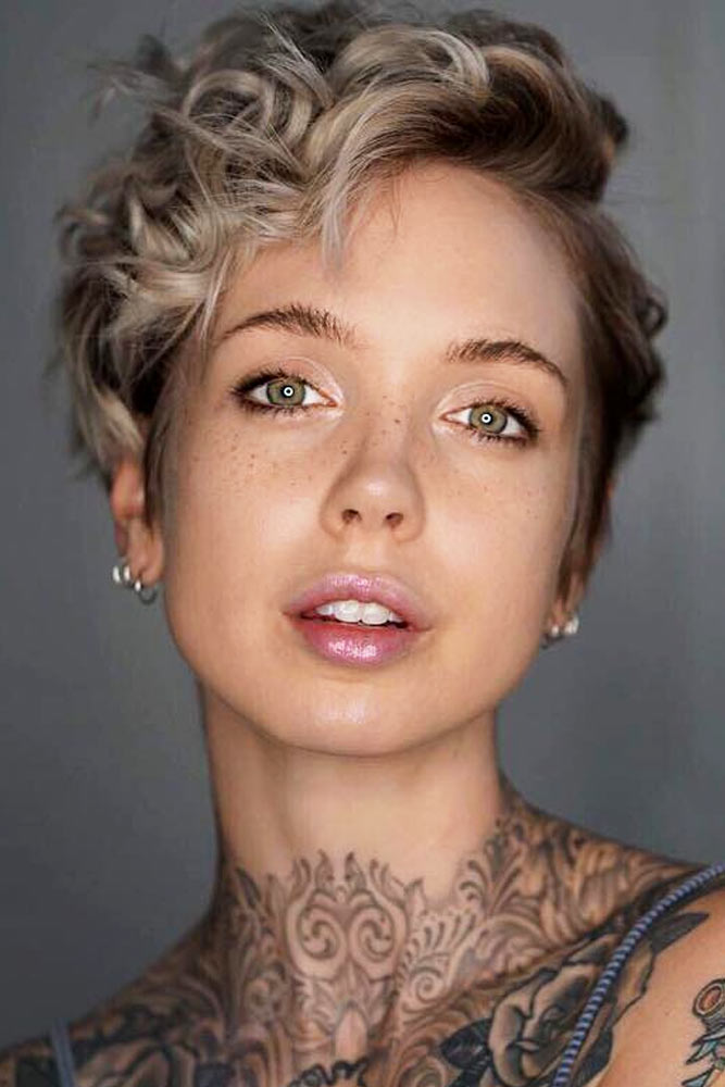 Pixie Curly Cut With Carefree Tousled Waves #curlypixiecut #pixiecut #haircuts #hairtypes #shorthair