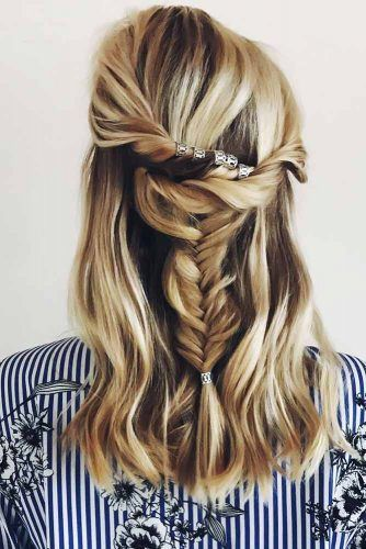 Twists And Messy Fishtail Braid #fishtailbraids #braids