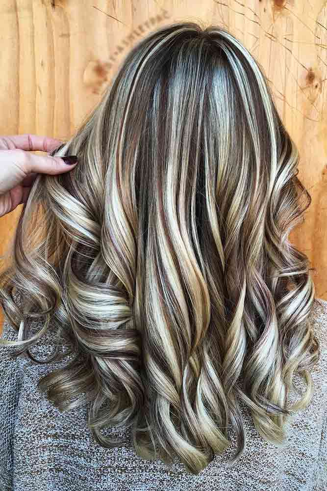 Deep Brown Hair Color And Blonde Highlights #highlights #blondehighlights