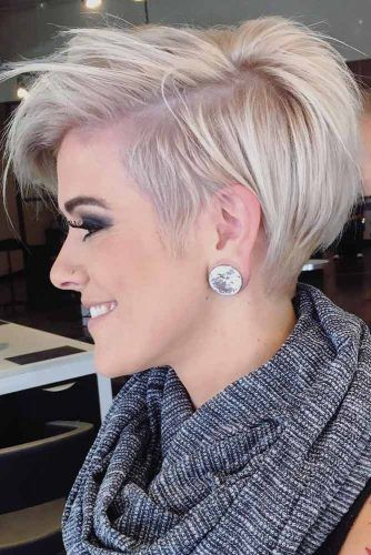Side Parted Pixie Haircut #haircutstyles #haircuts #shorthaircuts #pixiehaircut
