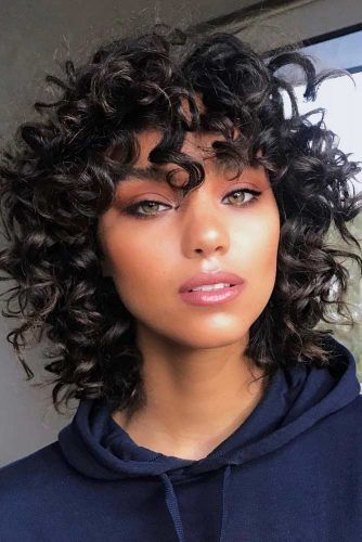 Curly Bob Haircuts With Bangs #lobhaircut #haircuts #bobhaircut