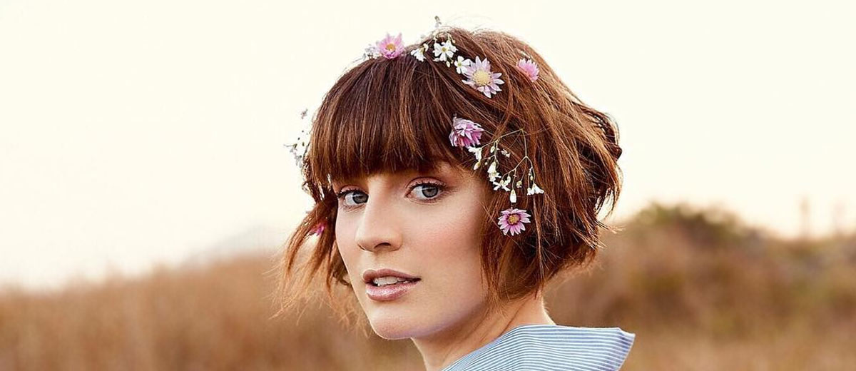 21 Super Quick Hairstyles For Short Hair Lovehairstyles Com