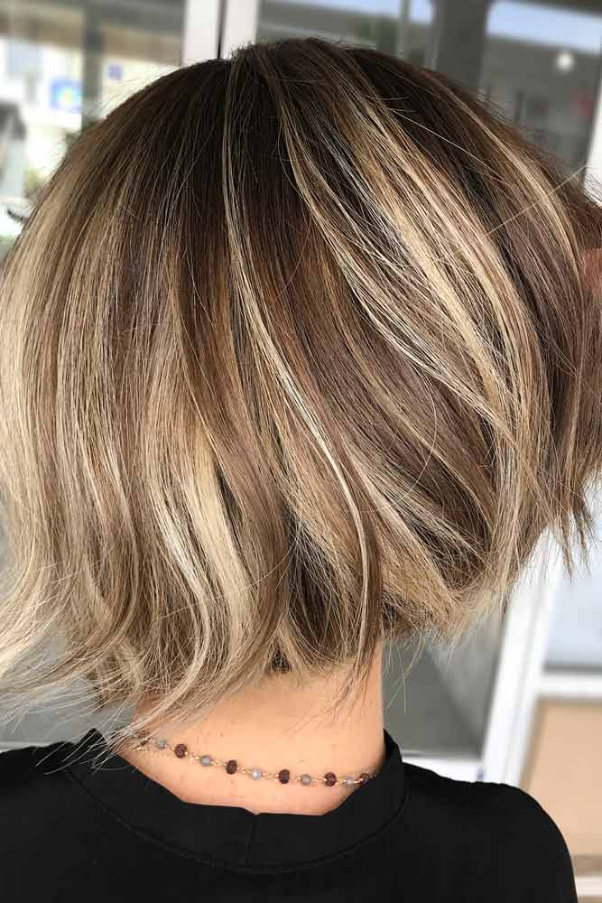 Bob Haircut For Thick Hair #shortbobhairstyles #bobhairstyles #hairstyles #straighthair #blondehighlights