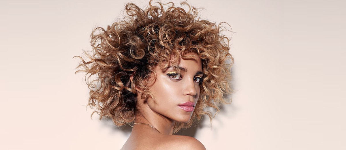 30 Fancy Ideas To Style Short Curly Hair Lovehairstyles