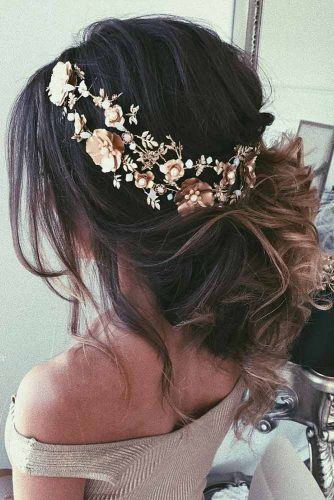 Updo Hairstyles with Accessories picture3