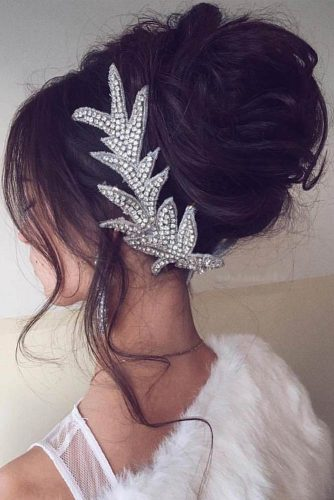 Updo Hairstyles with Accessories picture1