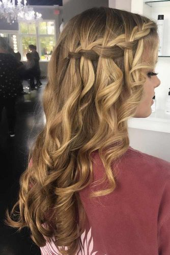 Side Waterfall Braid Hairstyles picture3
