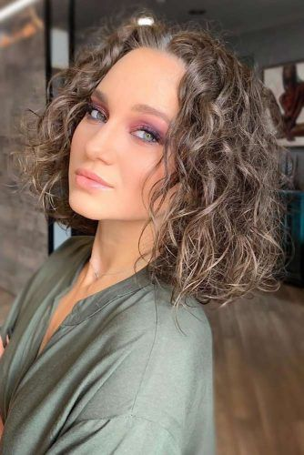 Natural Ash Brown Looks Curls #ashbrownhair