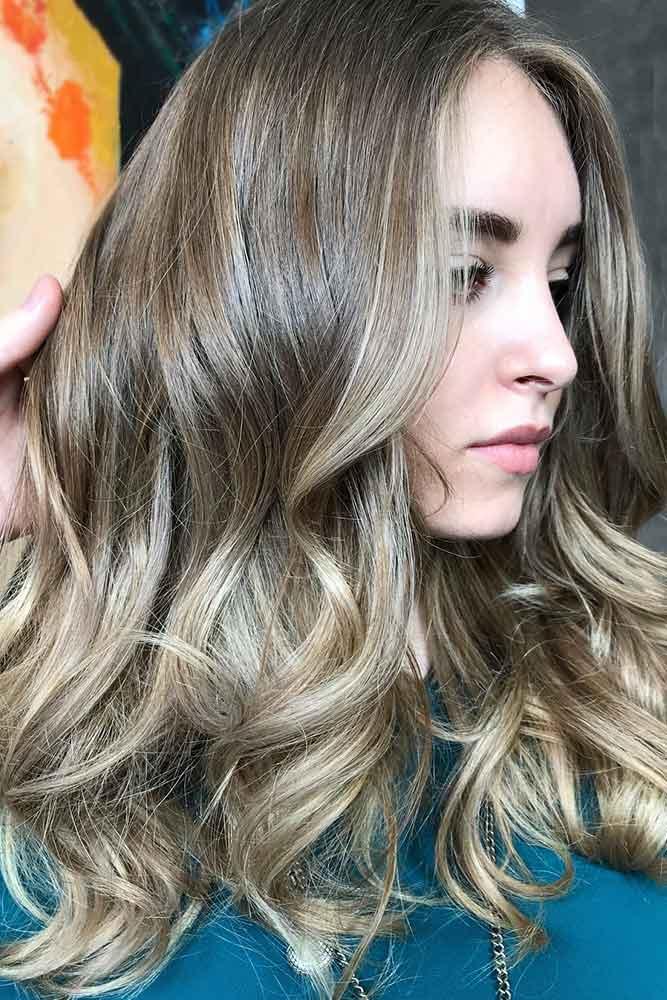 Medium Brown With Blonde Highlights #brownhair #highlights