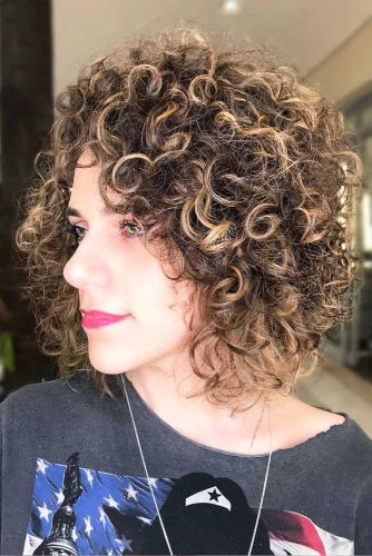 Curly Bob Hairstyles picture2