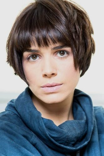 Short Hair with Blunt Bangs picture1