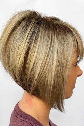 Straight Short Haircut With Bang #shorthaircuts #roundfaces #haircuts #bobcut
