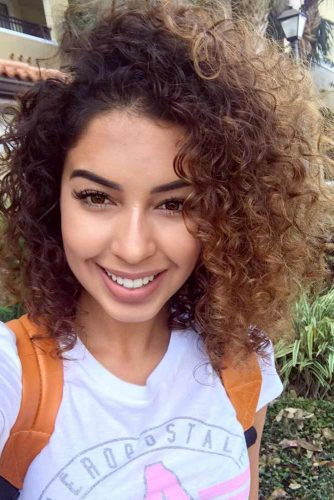Shoulder Length Curly Hair picture3