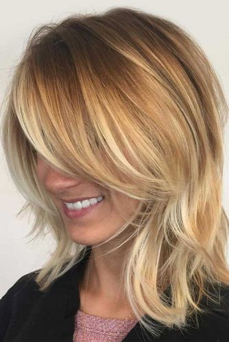 Straight Shoulder Length Layered Haircuts With Bangs #shoulderlengthhair #layeredhaircuts #mediumhair #haircuts