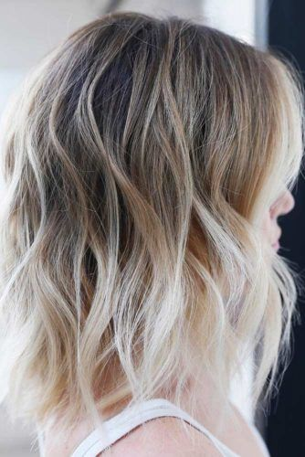 Wavy Messy Layered Hair #shoulderlengthhair #layeredhaircuts #mediumhair #haircuts