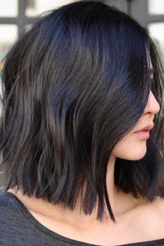 Black Middle Parted Layered Haircuts #shoulderlengthhair #layeredhaircuts #mediumhair #haircuts