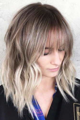 Wavy Shoulder Length Haircuts With Bangs #shoulderlengthhair #layeredhaircuts #mediumhair #haircuts