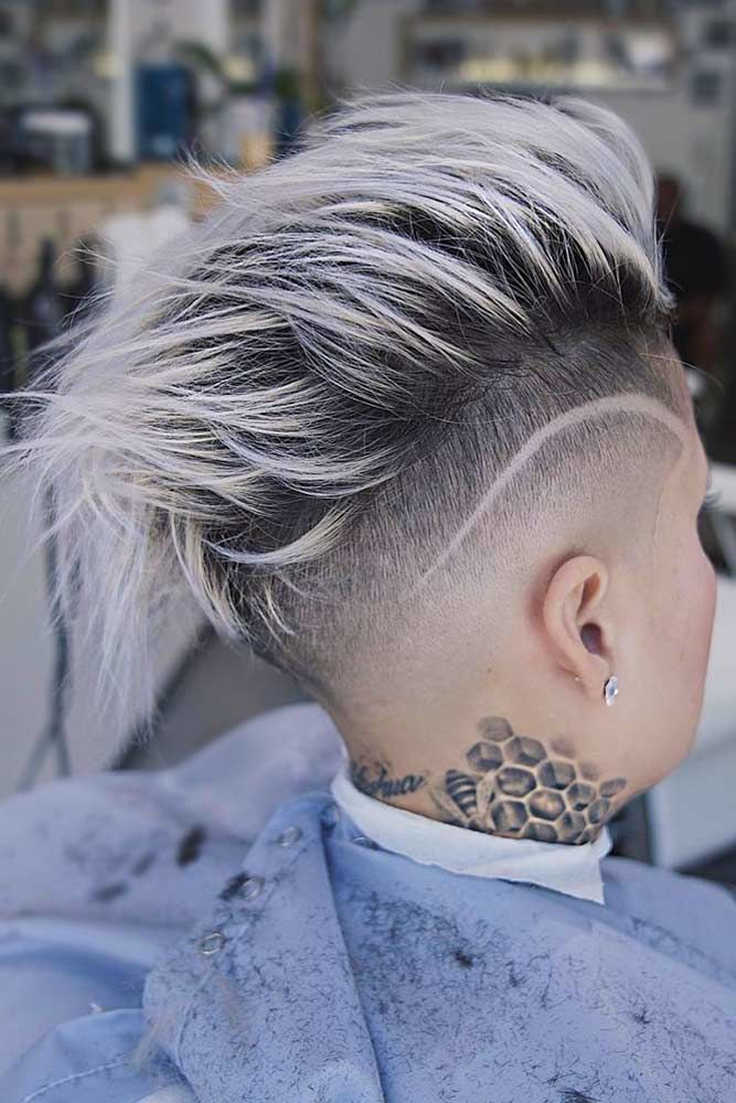 Flipped Taper Fade Haircut Blonde #taperhaircutwomen
