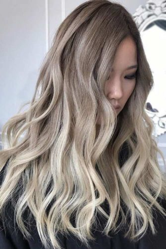 Ash Blonde Ideas for Long Hair picture3