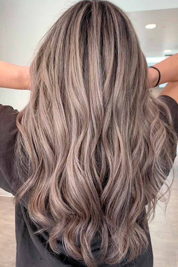Cold Hues Ash Blonde Style