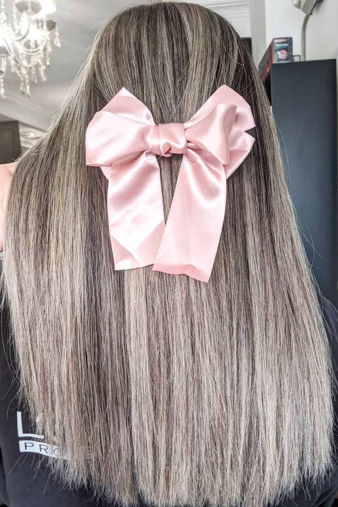 Ashy Blonde Straight Long Hair With a Bow