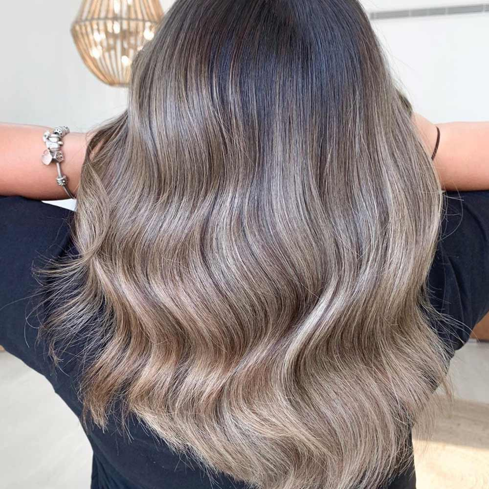Long Wavy Style For Ashy Blonde Hair
