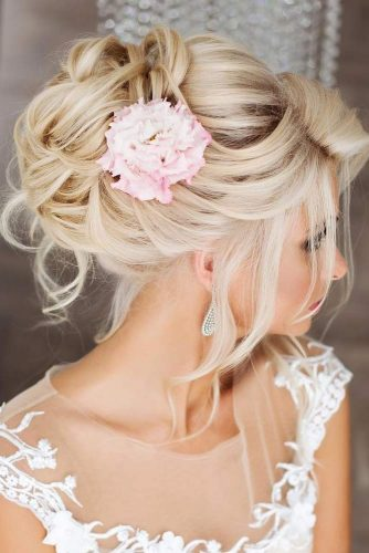 Chignon Bun With Flowers picture1