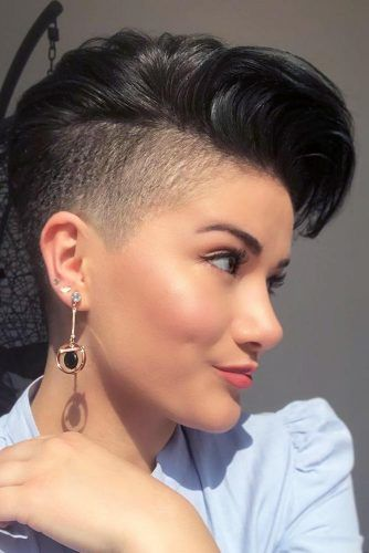 Black Classic Disconnected Undercut #hairstyles #undercut #disconnectedundercut