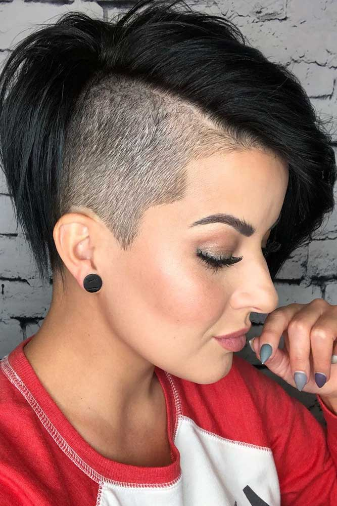 Disconnected Undercut For Brunette Girls #disconnectedundercut #undercut #haircuts