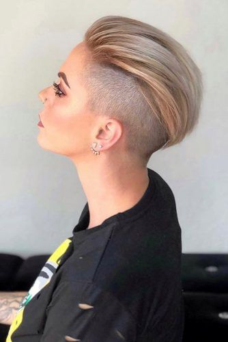 Classic Disconnected Undercut #hairstyles #undercut #disconnectedundercut #pixiehaircut