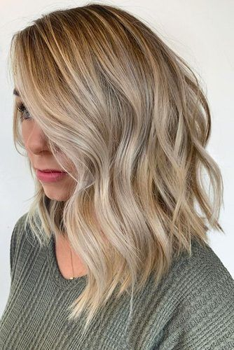 Long Inverted Wavy Bobs